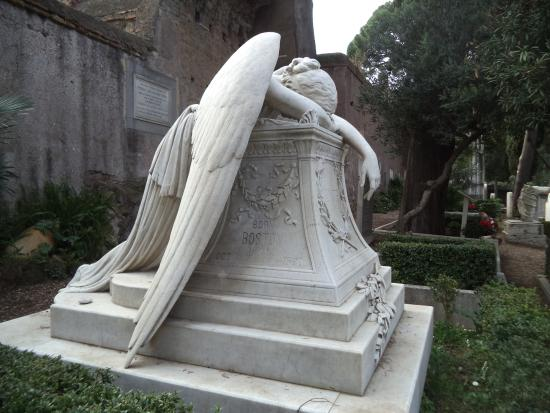 the-weeping-angel-is
